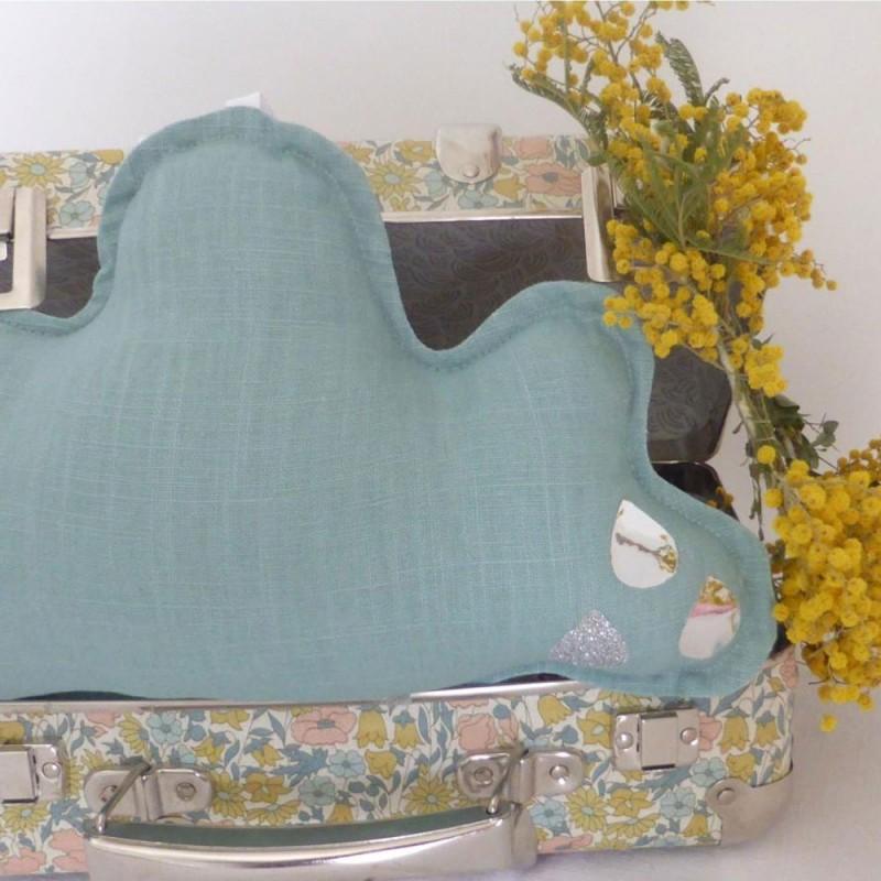 nini la duchesse boite musique nuage bleu. Black Bedroom Furniture Sets. Home Design Ideas