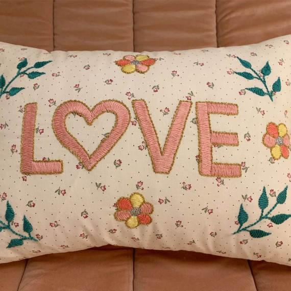CSAO - Coussin blanc Amour...